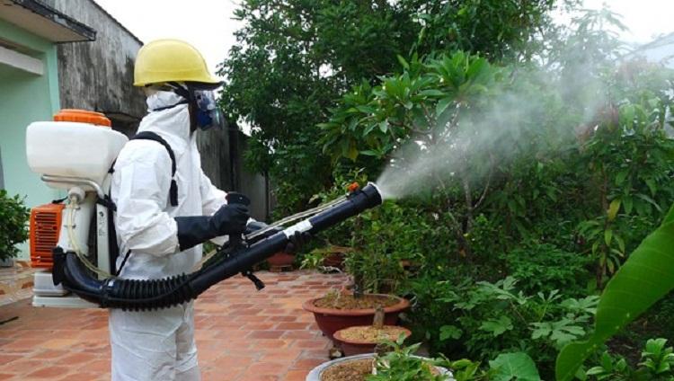 phải làm gì khi hít phải thuốc diệt muỗi